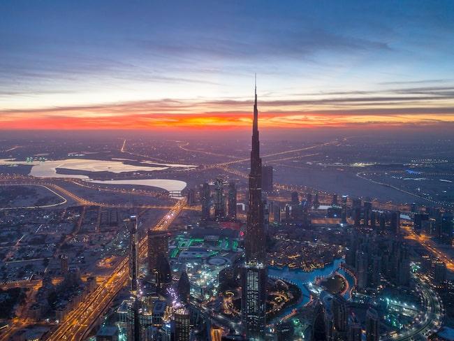 Förenade Arabemiraten, med Dubai i spetsen, lockade 14,4 miljoner turister under 2015.