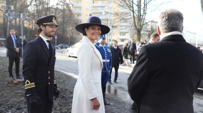 För att hedra och hylla grannlandet Finland innehöll Victorias utstyrsel förstås design också från Finland. Foto: Sören Andersson/Tt / TT NYHETSBYRÅN