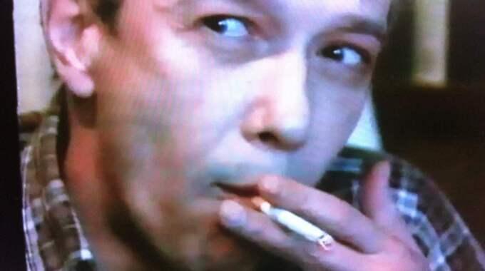 BUGGAD. KGB-agenten och sovjetiske diplomaten Vladimir Nezjinskij var en av de människor Säpo buggade olagligt i slutet av 80-talet. I ett samtal med sin hustru ska han ha sagt saker som visar att Sovjet visste om mordet på Olof Palme innan det skedde. Nezjinskij har i TV4-nyheterna förnekat all inblandning i spionverksamhet. Foto: TV4