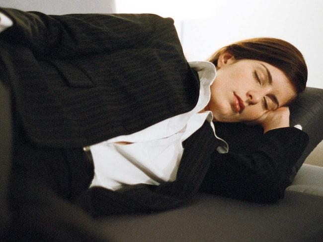 En tupplur i 30-40 minuter är lika effektivt som flera timmars sömn.
