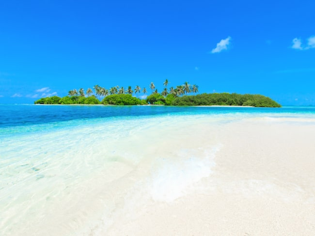 Maldiverna – eller den tropiska planeten Scarif. Här utspelas en av filmens maffiga stridsscener.