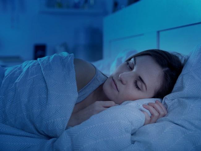 Att sova i fel position kan få en lång rad konsekvenser, inklusive en värkande rygg och nacke.