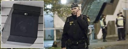 Polisen på plats vid den senaste skjutningen i Malmö där två kvinnor skottskadades. Foto: ULF RYD