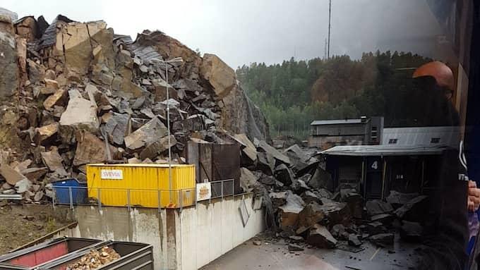 Stenarna rasade ner från ett berg. Foto: Läsarbild