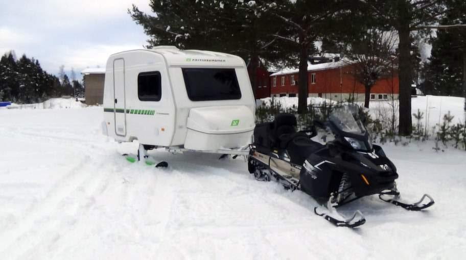 Galna Nya Husvagnen Som G 229 R P 229 Skidor Allt Om Bilar