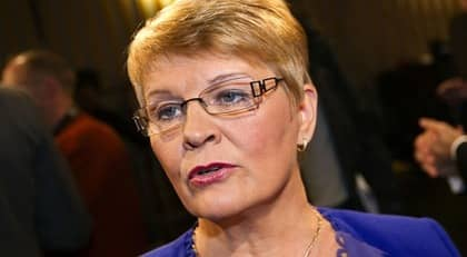 Maud Olofsson delar ut en rejäl skopa mot Mona Sahlin inför kvällens Agenda. Foto: Roger Vikström