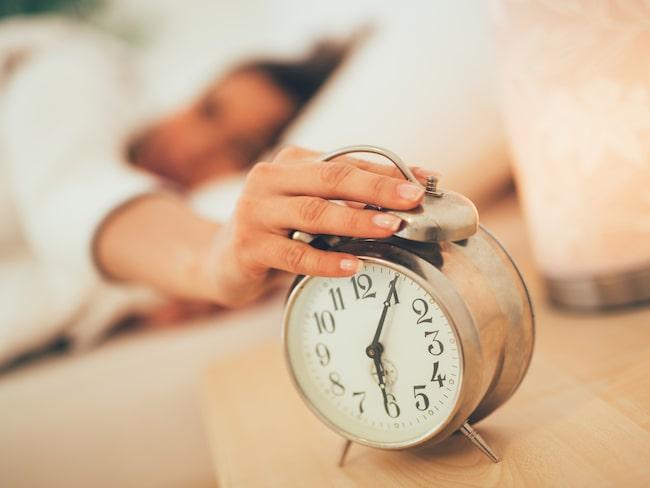 Tidsomställningen kan ställa till med mycket problem, bland annat sömnbrist och humörsvängningar.