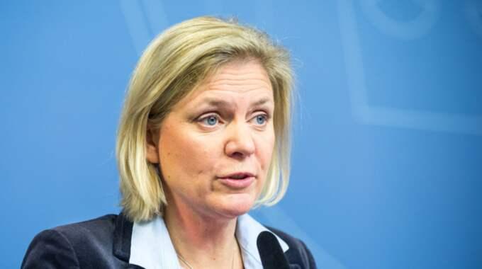 Inför samtalen har finansminister Magdalena Andersson (S) sagt att den enda fråga som regeringen utesluter på förhand är ett återinförande av fastighetsskatten. Foto: Pelle T Nilsson