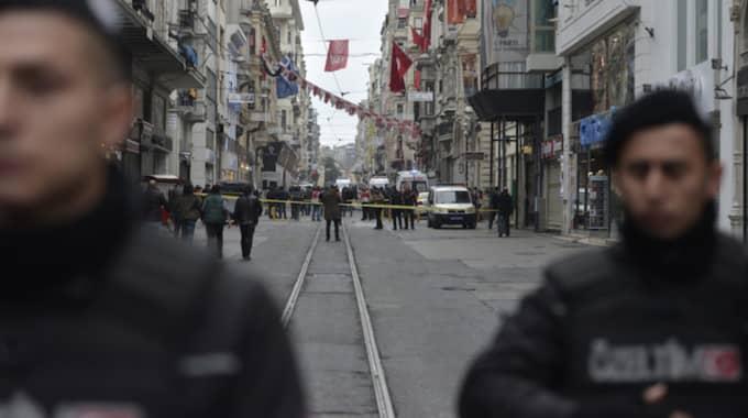 Enligt uppgifter till CNN Turk rör det sig om en självmordsattack. Foto: Deniz Toprak / Epa / Tt / EPA TT NYHETSBYRÅN