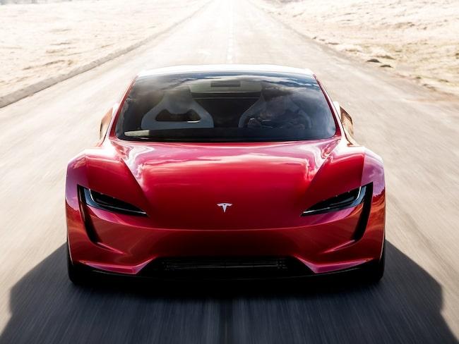 Testföraren Emile Bouret hävdar att Elon Musks stora ord om kommande sportbilen Roadster stämmer.