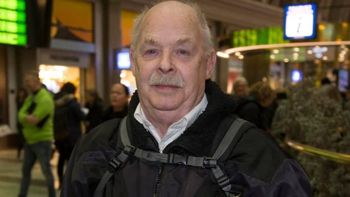 """Paul Aagaard, 78 år, Stockholm: """"Mitt tips är att man ska planera sin pension i god tid och pensionsspara. Mina pengar räcker, men skulle om de inte göra det skulle jag börja skriva upp alla utgifter för att se vilka man kan skära ned på."""" Foto: MARTINA HUBER"""