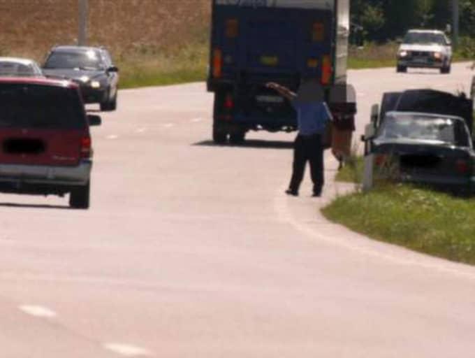 Vägpirater tvingade kvinnan att stanna och beordrade henne att köra till en bankomat. Bilden är tagen vid ett tidigare tillfälle. Foto: Thomas Friström
