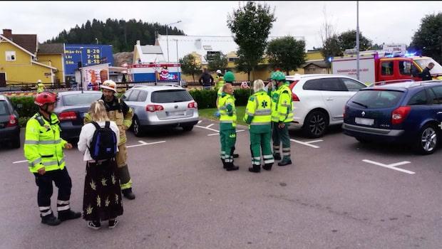 Bil kraschade in i entrén på Gekås