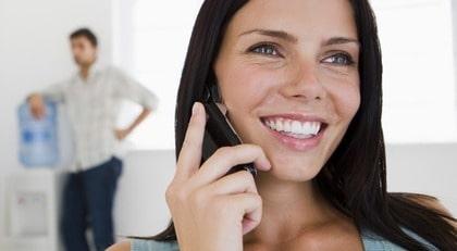 Strålningen från mobilen är inte bara skadlig, enligt ny forskning.