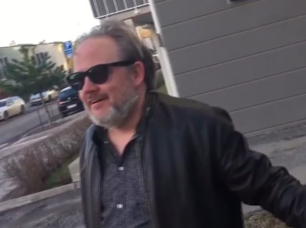 Se när Per ser att himlen är blå – för första gången