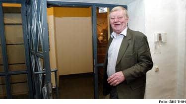 VÄGRAR. Göran Johansson (s) vägrar i dag att ens tala om vad göteborgarna ska röstas om, trots att förslaget om folkomröstning kommer från socialdemokraterna, som ska fatta beslut vid sitt årsmöte 78 april.