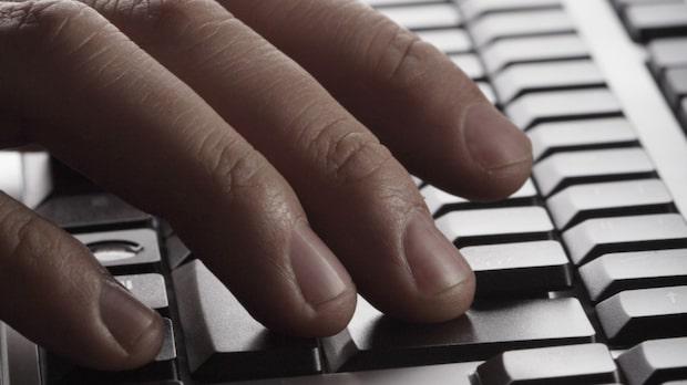 Massivt tillslag mot nätpedofiler