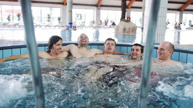 Bubbelpool. Männen på bilden har ingenting med texten att göra. Foto: Shutterstock.