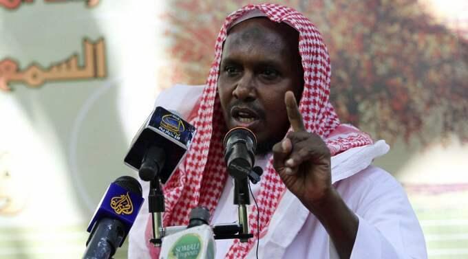 """IMAM I SVERIGE NU TERRORLEDARE. Fuad Shangole är en av de absolut högsta ledarna för al-Shabab. En organisation som ligger bakom flera blodiga självmordsattacker. I Sverige var han en omtyckt imam. """"al-Shabab är uttalat allierade med al-Qaida, det är ingen tvekan om hur de ser på sig själva, säger terrorexperten Magnus Ranstorp. Foto: Feisal Omar/Reuters"""