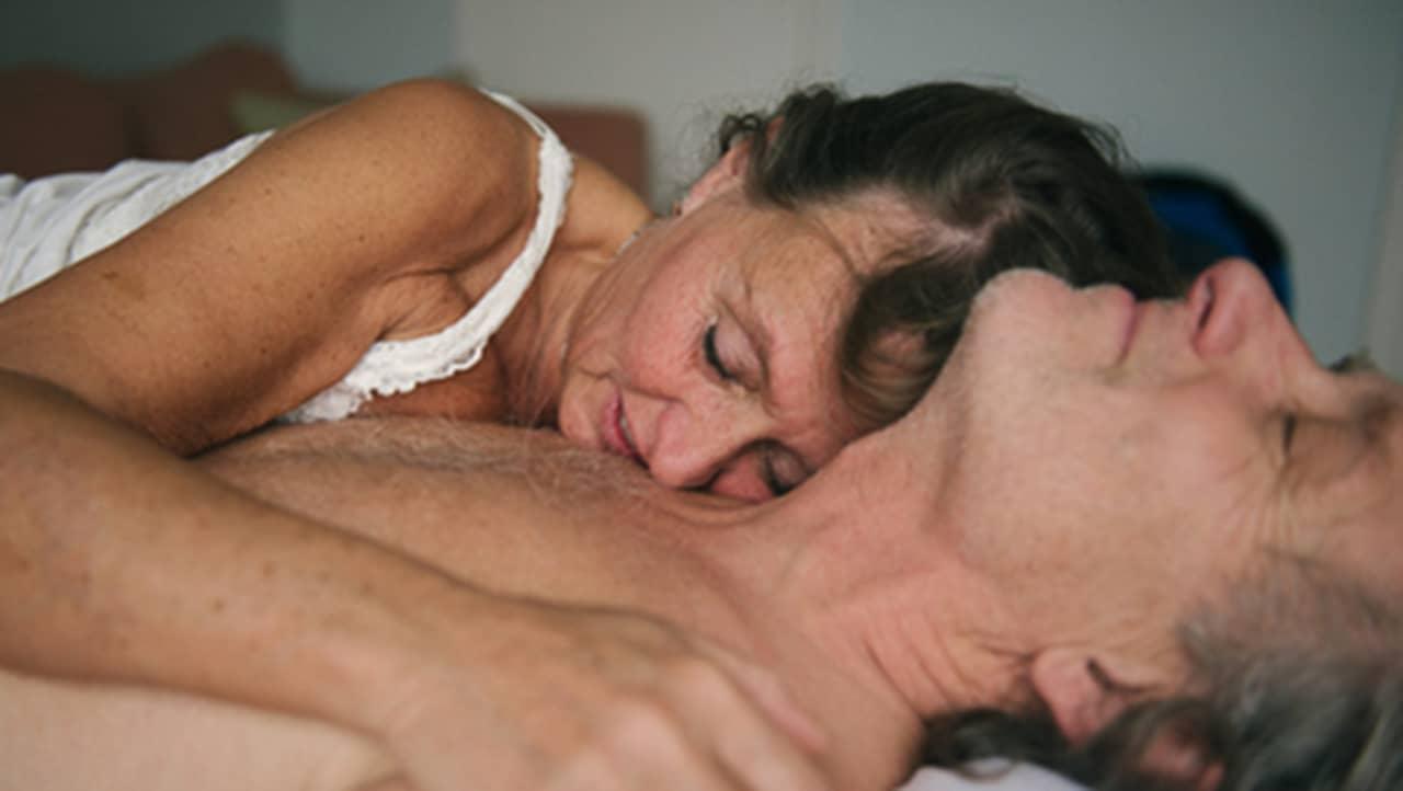 knulla anus erotik för äldre