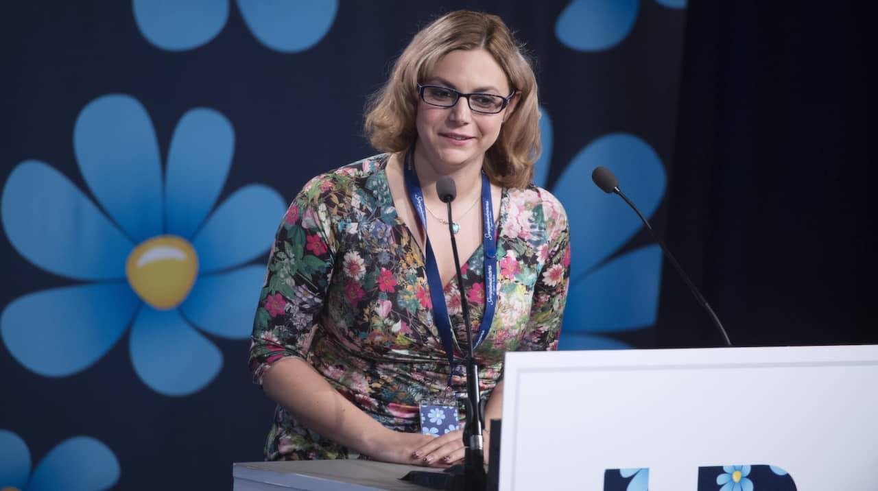 SD-ledamoten Paula Bieler sjukskriven