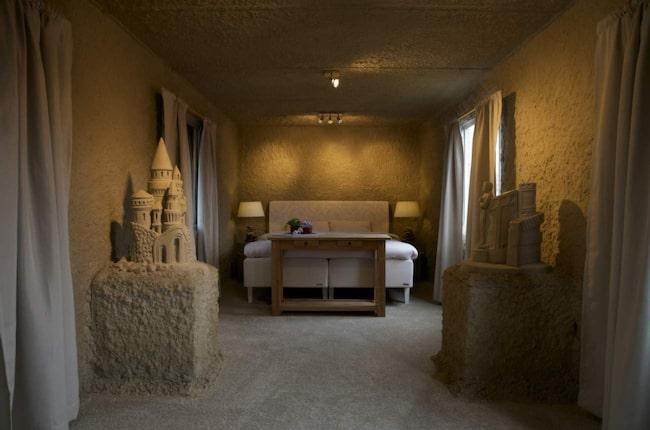 <span>Sandhotellen i holländska Oss och Sneek är en del av städernas årliga sandfestival.</span>