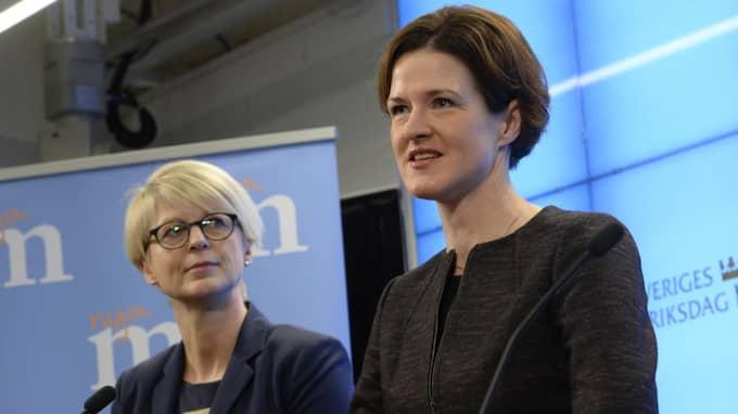 """""""Man ska inte kunna sälja knark utanför en förskola"""", säger M-ledaren Anna Kinberg Batra. Foto: Jonas Ekströmer / Tt"""