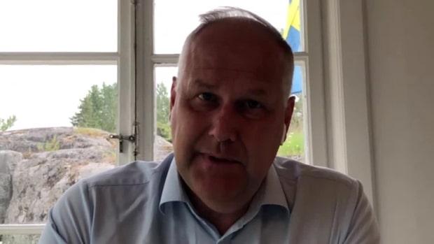 Jonas Sjöstedt vill förhandla med mittenpartierna om migrationen