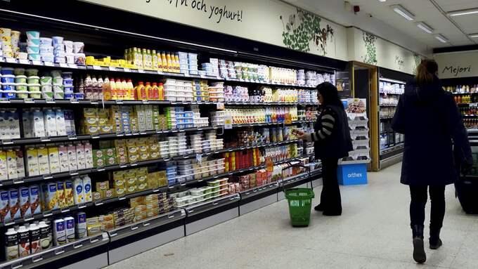 Livsmedelspriserna kommer att öka med drygt nio procent till 2021, enligt SPF seniorernas prognoser. Foto: Hasse Holmberg / TT NYHETSBYRÅN