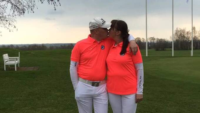 Carola Sjöberg och Lars Ahlström fann kärleken och varandra på golfbanan. Foto: Privat