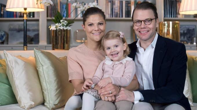 Victoria och Daniel blir föräldrar igen i mars nästa år och Estelle får ett syskon. Foto: Kate Gabor