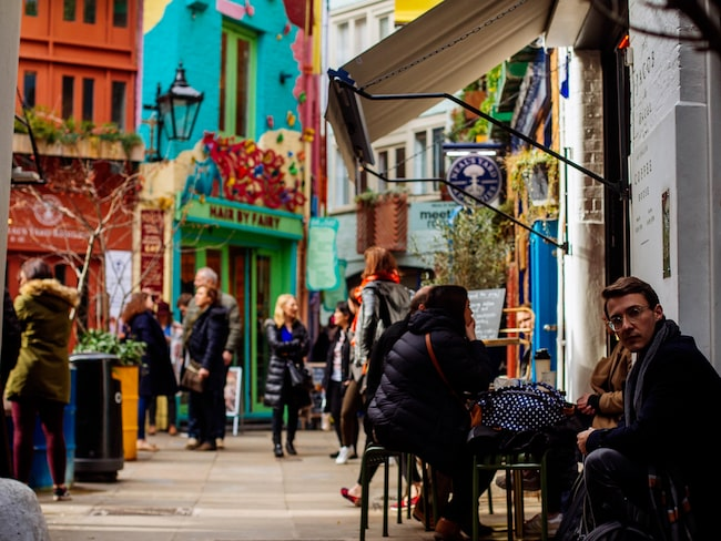 Londons första alkoholfria bar öppnar i Covent Garden.