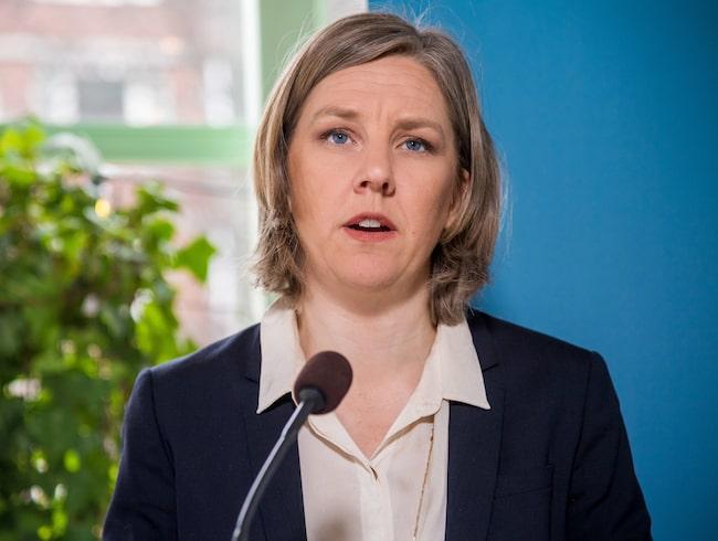 Karolina Skog, här när hon presenterade regeringens förslag om miljözoner.