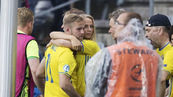 Gustav Engvall efter matchen mot England. Foto: NILS PETTER NILSSON/OMBRELLO / OMBRELLO NETWORKS