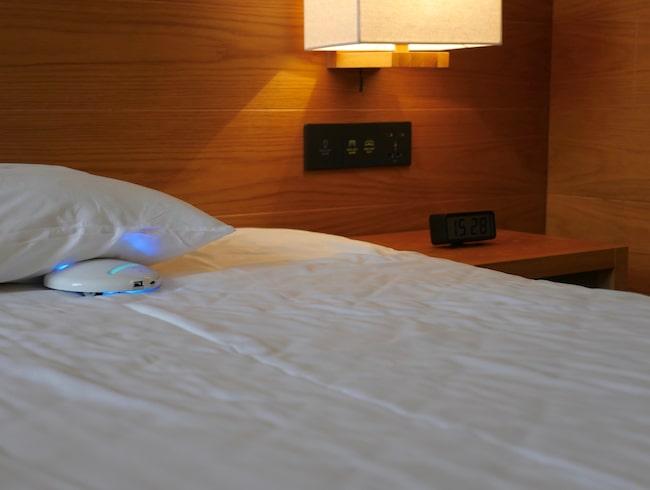 Roboten kan desinficera din hotellsäng.
