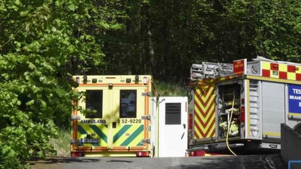Äldre man skadad i brand - förd till sjukhus