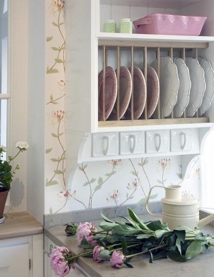Lantligt drömkök i vitt och rosa Leva& bo Expressen Leva& bo