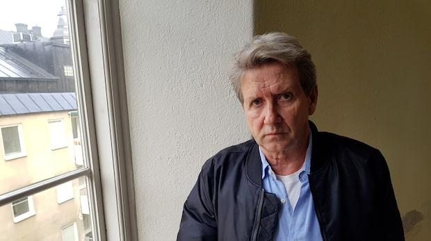 Martin Timell kallar vännen till domstol