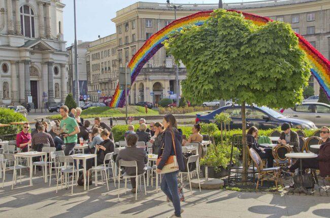 Torget Plac Zbawiecila kallas även Hipster Square.
