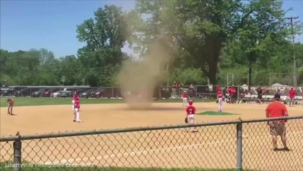Tornado-timeout under baseballmatch