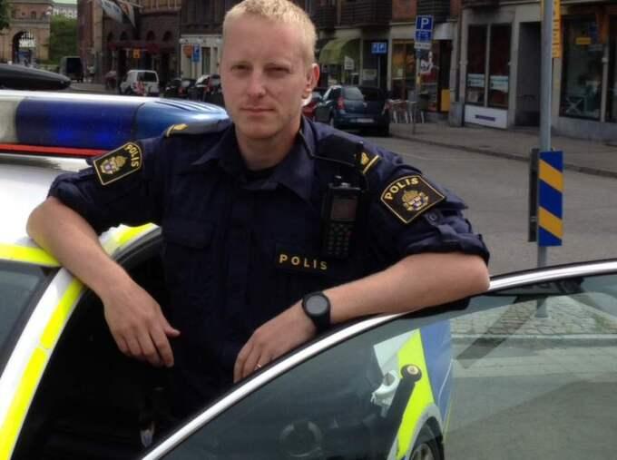 Dejta Polis Lön