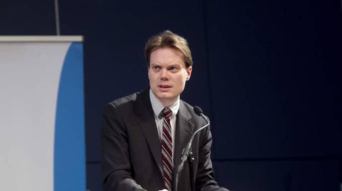 Enligt SD:s pressansvarige Martin Kinnunen väntar partiet fortfarande på besked från några av de 18 politiker som uppmanats lämna partiet. Foto: Sven Lindwall