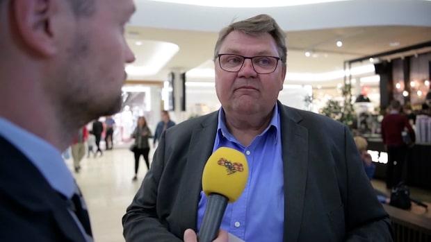 Peter Lundgren (SD) anklagas för att ha tafsat på kvinna