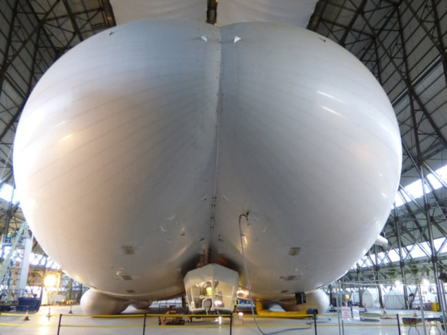 <span>Airlander 10 kallas även den flygande bollen. <br></span>